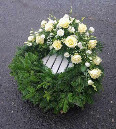 """Wiązanka pogrzebowa """"Kremowa róża"""""""