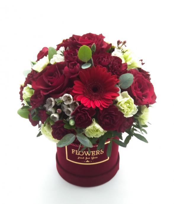 "Box kwiatowy ""Red Love"""
