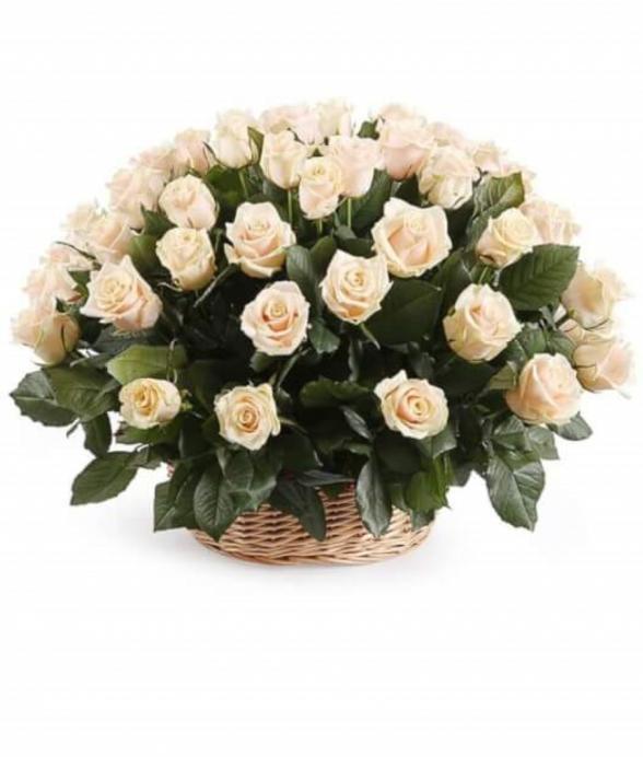"""Kosz """"50 białych róż"""""""