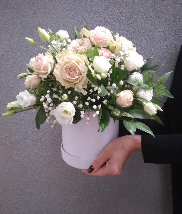 """Box kwiatowy """"Romantyczny"""""""